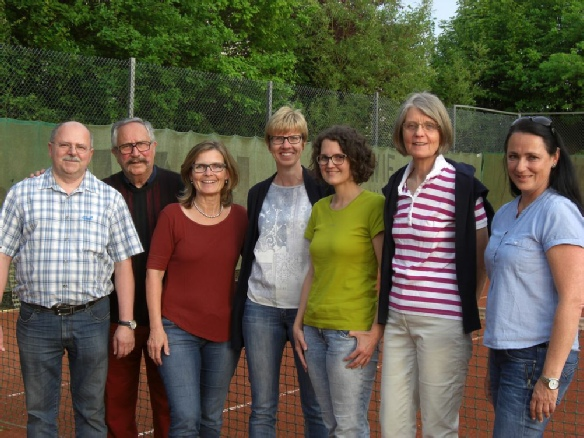 Der Vorstand des TCR v.l.n.r:  Wolfgang LAUFER, Peter BUSCHMANN, Christine KOGGE, Sabine SCHNEIDER, Sandra BROCK,  Elke BLOMEYER,  Dajana KLOCKE