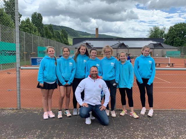 Die Spielerinnen der U-15 Mannschaft des Tennis-Clubs Roscheid spielten eine äußerst erfolgreiche Saison, Aufstieg inclusive.